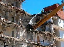 Machine de démolition de bâtiment Photos libres de droits