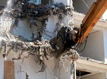 Machine de démolition de bâtiment Image libre de droits