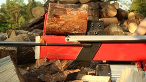 Machine de hachage en bois banque de vidéos