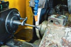 Machine de meulage interne Boutique pour l'usinage en métal images stock
