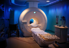 Machine de MRI - hôpital Images stock