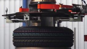 Machine de production de pneu banque de vidéos