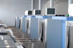 Machine de rayon X pour le contrôle de bagage Photo stock