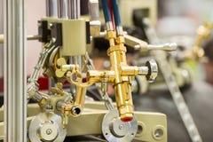 Machine de soudure pour souder des tuyaux de grand diamètre photos libres de droits