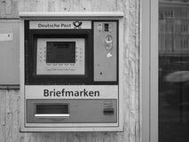 Machine de timbre de Deutsche Post photo stock