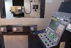 Machine hydraulique de rectification superficielle de commande numérique par ordinateur photo stock