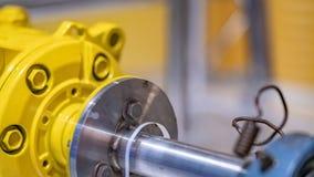 Machine industrielle de moteur d'axe d'axe photo stock
