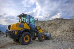 Machine jaune de construction - HDR Photos libres de droits