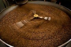 Machine om koffie te roosteren royalty-vrije stock fotografie