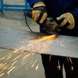 Machine om staal te malen Stock Foto's