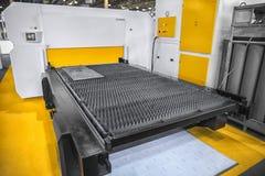 Machine scherp staal met laser in een fabrieksclose-up royalty-vrije stock fotografie