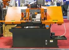 machine semi-automatique de scie à ruban Photo stock