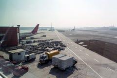 Machine universelle de nettoyage d'aérodrome, traction subite de recul, Images libres de droits