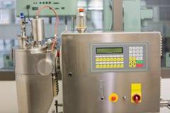 Machine utilisée dans la fabrication de médecine Image libre de droits