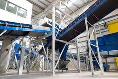 Machines à chaînes de bandes de conveyeur pour disposer le compost Images stock