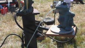 Machines à rêves de Côte Pacifique ; pompe à eau au travail banque de vidéos