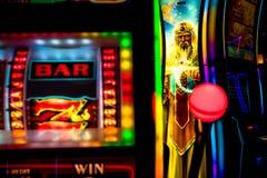 Machines à sous de casino images libres de droits