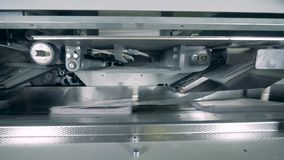 Machines d'imprimerie fonctionnant avec le papier, fin  banque de vidéos