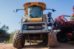Machines de moissonneuse d'agriculture nouvelles Image libre de droits
