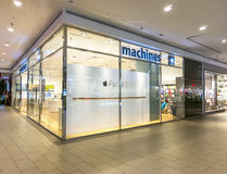 Machines shop. SELANGOR - DEC 10: Exterior of an Apple store as the US technology giant launches the new iPhone 6 on Dec 10, 2014 in Selangor, Malaysia Royalty Free Stock Photography
