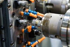 Machining automobilowa część cnc kręcenia maszyną obrazy stock