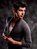 Macho Mężczyzna moda Strzał. Modny Europejski mężczyzna Obraz Stock