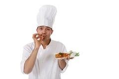Macho nepalês novo do cozinheiro chefe, saboroso Fotos de Stock Royalty Free
