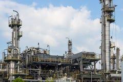 Macht en energie de fabriek van de olieraffinaderij royalty-vrije stock foto's