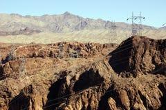 Machtslijnen met hoog voltage van Hoover-Dam Royalty-vrije Stock Foto's