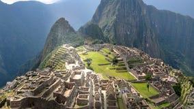 Machu Picchu - άποψη από πίσω από τον τοίχο απόθεμα βίντεο