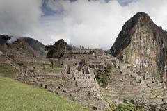 Machu Picchu пусто пасмурно туманнейше После пешего туризма на внушительном стоковое фото