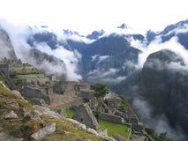 Machu Picchu с туманом Стоковые Фотографии RF