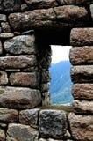 Machu Picchu dans la fenêtre Photographie stock libre de droits