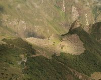 Machu Picchu de la distance Photographie stock libre de droits