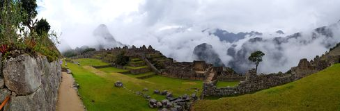 Machu Picchu, Incnca-ruïnes in de Peruviaanse Andes stock afbeeldingen