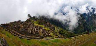 Machu Picchu, Incnca-ruïnes in de Peruviaanse Andes royalty-vrije stock fotografie