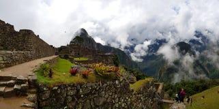 Machu Picchu, Incnca-ruïnes in de Peruviaanse Andes stock afbeelding