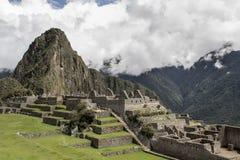 Machu Picchu leer bewölkt nebelig Nachdem dem Wandern auf dem ehrfürchtigen lizenzfreie stockfotografie