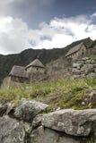 Machu Picchu leer bewölkt nebelig Nachdem dem Wandern auf dem ehrfürchtigen stockfoto