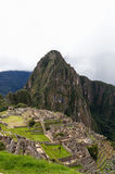 Machu Picchu med stormen på horisont Arkivbilder