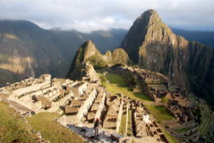 Machu Picchu no nascer do sol foto de stock