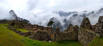 Machu Picchu, ruines d'Incnca dans les Andes péruviens photo stock