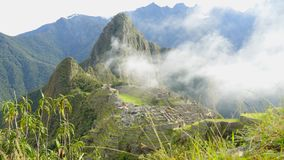 Machu Pichu Timelaps cerca de Cuzco en Perú almacen de video