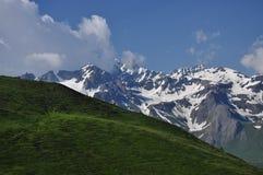 Maciço grande do combin, cumes italianos, o Vale de Aosta. Foto de Stock Royalty Free