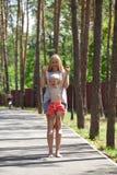 Macierzysta i mała syn sztuka w lato parku Zdjęcie Royalty Free