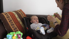 Macierzysty żywieniowy dziecko zdjęcie wideo
