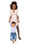 Macierzysty nauczania dziecko chodzić Zdjęcie Stock