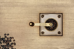 Macinacaffè su legno Fotografia Stock Libera da Diritti
