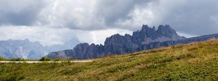 Macizo de la montaña de las dolomías de Ampezzo fotografía de archivo