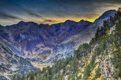 Macizo de Neouvielle en las montañas de los Pirineos Foto de archivo libre de regalías